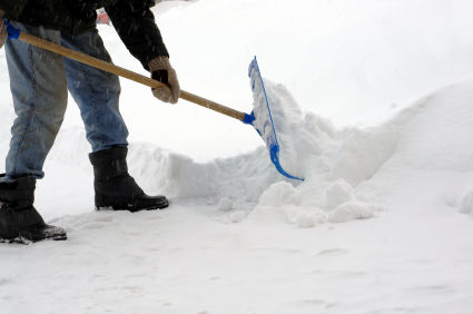 Let it Snow! Tips on Removing Snow a Healthier Way!